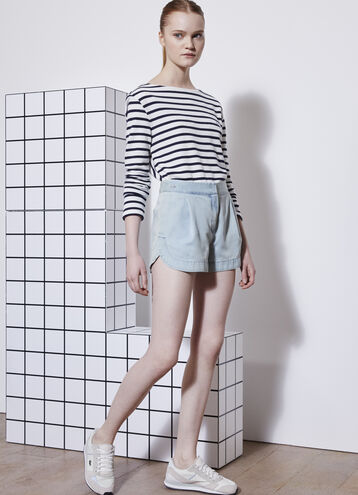 L!VE Soft Pleated Shorts