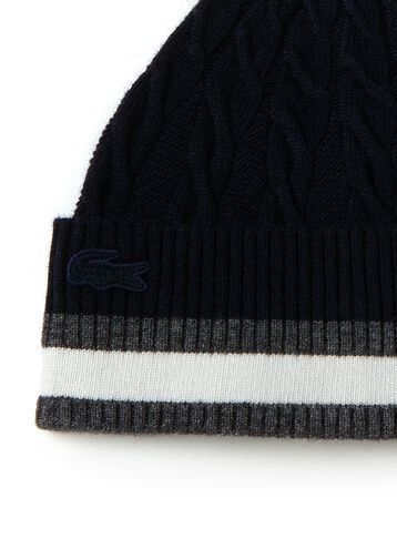 Women's Cable-Knit Beanie With Ribbed Turned Edge