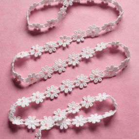 "3/8"" Daisy Chain with Pink Center"