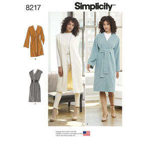 Simplicity Pattern 8217 Misses' and Miss Petite Lined Coat or Vest