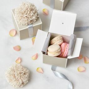 Pom Pom Gift Box Trim