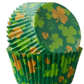 Wilton Shamrocks Baking Cups, 75-Count