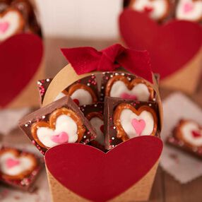 Hearts in Twists Candy Bark