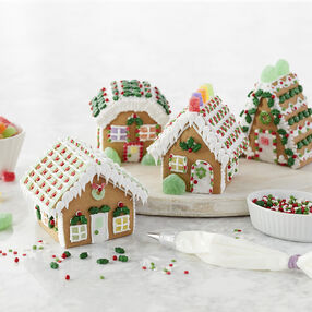 Holiday Fun Colonial Gingerbread House